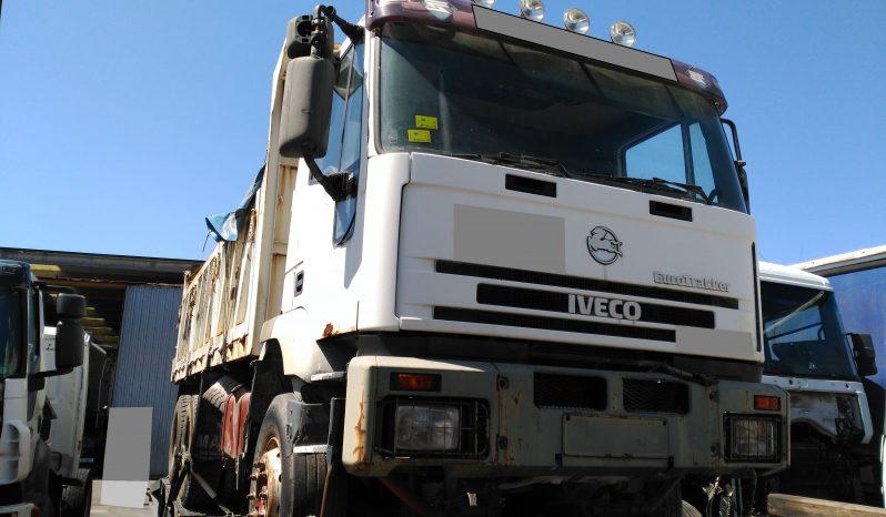 Camion caja basculante marca IVECO - Modelo MP260E34H - Año 1.997